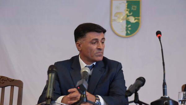 Министр МВД Леонид Дзапшба. - Sputnik Абхазия