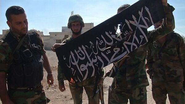 СПУТНИК_Освобождение Атшана: ликование сирийских солдат и сожжение флага боевиков - Sputnik Абхазия