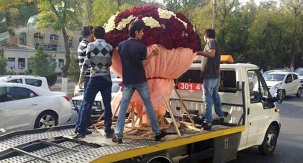 Ташкентский ромэо подарил девушке миллион роз - Sputnik Абхазия