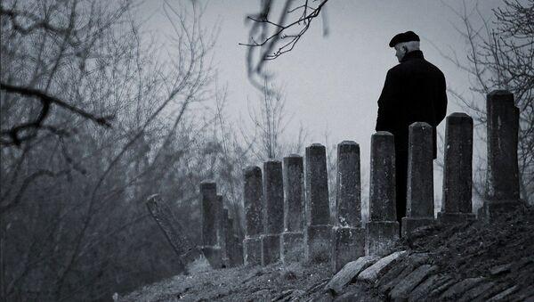 Мужчина на дороге - Sputnik Абхазия