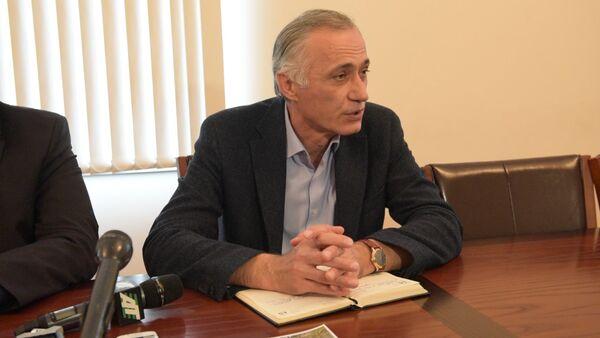 Роман Дбар: наша задача – не продолжить дело огневки, а спасти наш сам - Sputnik Абхазия