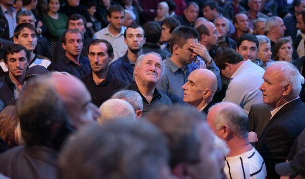 Абхазский политический круговорот - Sputnik Абхазия