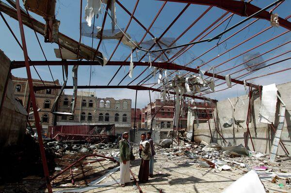 Последствия авиа ударов в Йемене. - Sputnik Абхазия