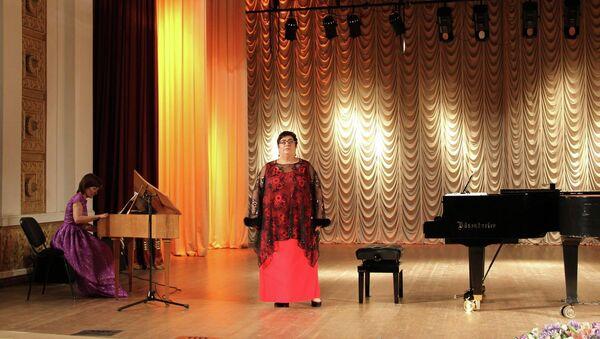 Выступление Мананы Шамба. - Sputnik Абхазия