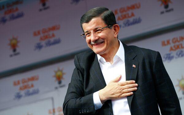 Премьер-министр Турции Ахмет Давутоглу. - Sputnik Абхазия
