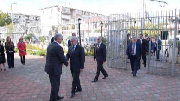 Руководство Абхазии выразило соболезнование Российскому послу - Sputnik Абхазия