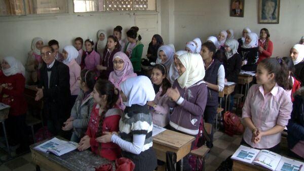 """""""Спасибо!"""" – сирийские школьники объяснили, почему учат русский язык - Sputnik Абхазия"""