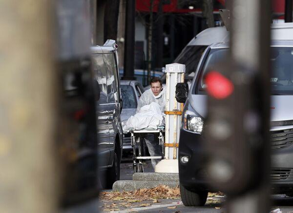 На месте терракта в Париже. - Sputnik Абхазия