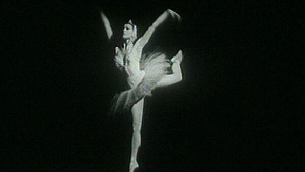 Майя Плисецкая: важно танцевать не под музыку, а музыку. Кадры из архива - Sputnik Абхазия