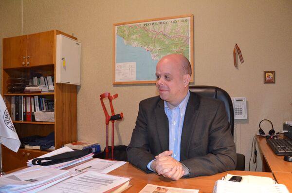 Глава Миссии МККК в Абхазии Джордж Дрндарски. - Sputnik Абхазия