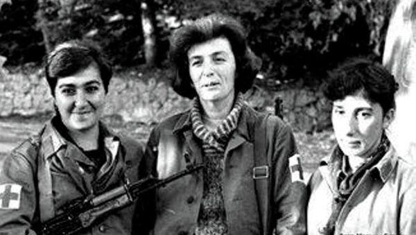 Жанна Гәынџьиа, Ира Папба, Лиалиа Аршба. Гәымсҭа, 1992 ш. - Sputnik Аҧсны