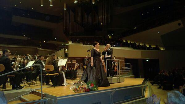 Концерт Хиблы Герзмава в Берлине. Фото с места события. - Sputnik Абхазия