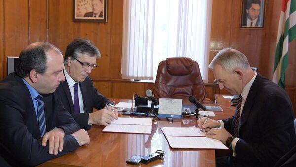 Представители Минздравов Абхазии и РФ рассказали о перспективах сотрудничества - Sputnik Абхазия