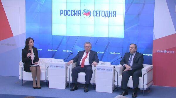 Пресс-конференция премьер-министра Абхазии Артура Миквабия - Sputnik Абхазия