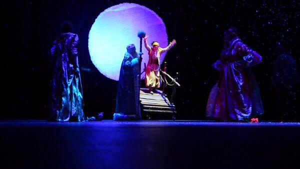 Сказочная новогодняя премьера состоялась в абхазском государственном театре - Sputnik Абхазия