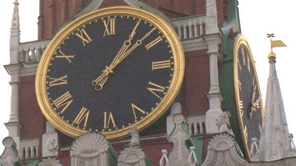 Как устроены кремлевские куранты на Спасской башне. Видеоэкскурсия - Sputnik Абхазия