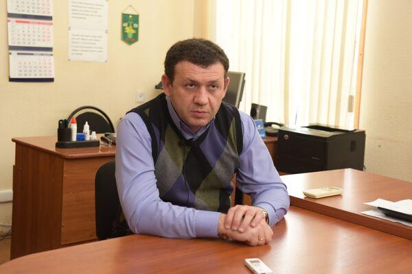 Начальник отдела по борьбе с контрабандой и нарушениями таможенных правил Государственного таможенного комитета Абхазии Тенгиз Джопуа - Sputnik Абхазия