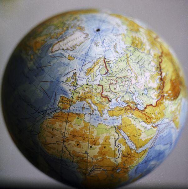 Модель Земли. Архивное фото - Sputnik Абхазия