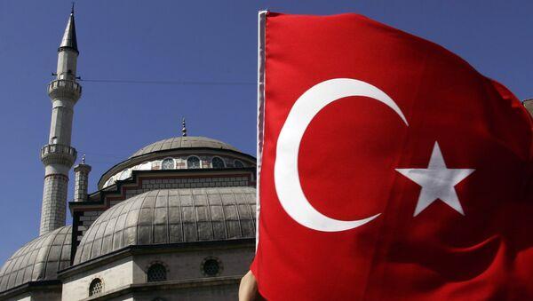 Турецкий флаг. Архивное фото. - Sputnik Абхазия