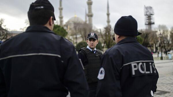 Полиция на месте взрыва в Стамбуле. - Sputnik Абхазия