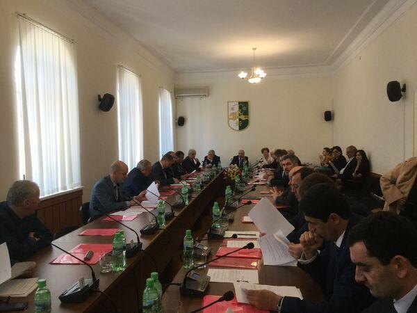 Заседание Народного Собрания Абхазии - Sputnik Абхазия