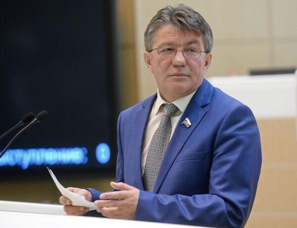 Председатель Комитета Совета Федерации по обороне и безопасности Виктор Озеров. Архивное фото - Sputnik Абхазия