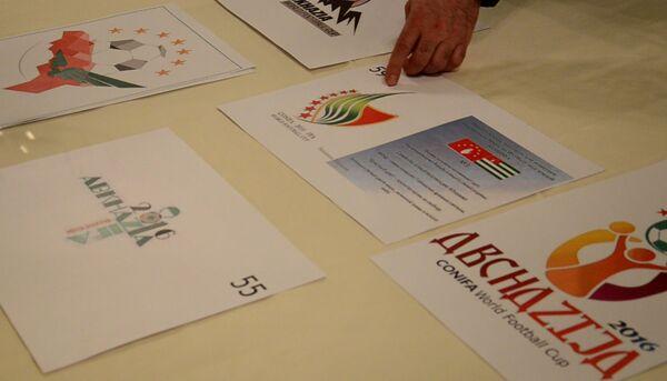 Работы для конкурса логотипов чемпионата мира по футболу CONIFA. - Sputnik Абхазия