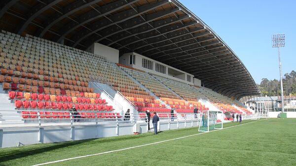 Премьер-министр проинспектировал столичный стадион Динамо - Sputnik Абхазия