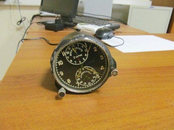 Сотрудники Сочинской таможни изъяли у гражданина России часы, радиационный фон которых многократно превышал допустимую норму - Sputnik Абхазия