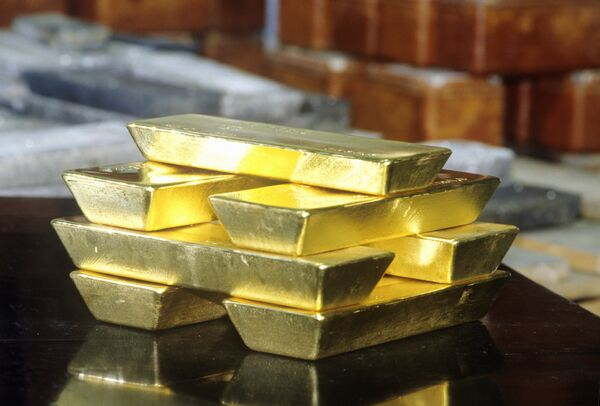Слитки золота. Архивное фото. - Sputnik Абхазия