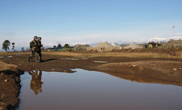 Седьмая Краснодарская Краснознаменная военная база в городе Гудаута. Архивное фото. - Sputnik Абхазия