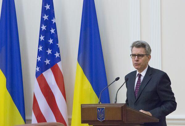 Посол США на Украине Джеффри Пайетт. - Sputnik Абхазия