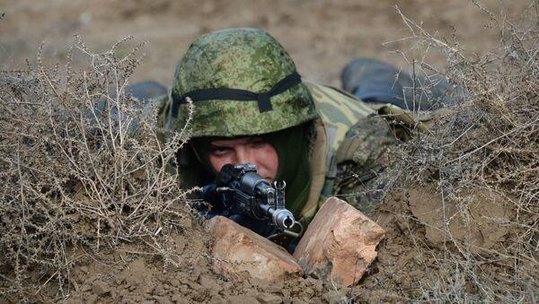 Учения мотострелковых войск на полигоне. Архивное фото - Sputnik Абхазия