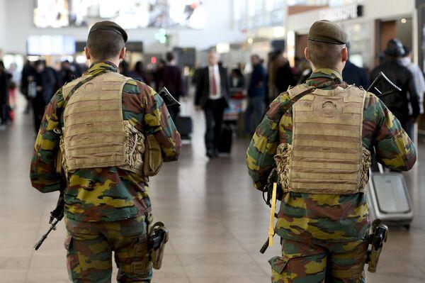 Полиция в аэропорту Брюсселя. Архивное фото. - Sputnik Абхазия
