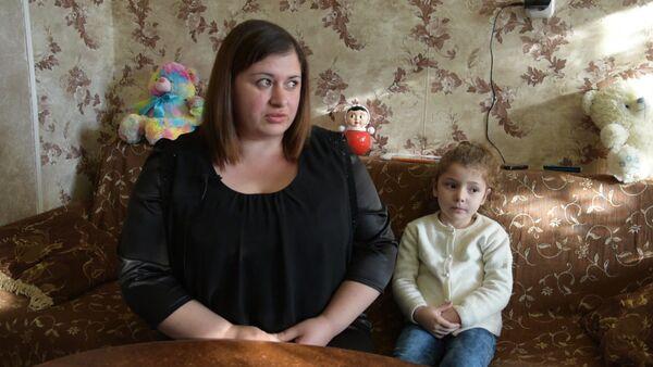 Хатуна Джинджолия рассказала о ходе лечения своей дочери Николь - Sputnik Абхазия