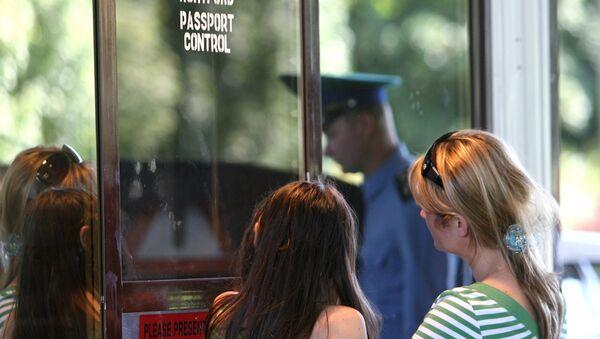 Работа отделения погранконтроля Мамоново-Автодорожное в Калининградской области - Sputnik Абхазия
