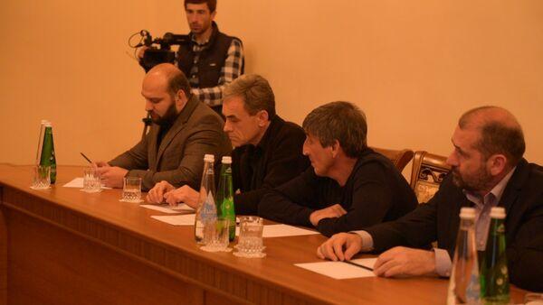 Хаджимба призвал бизнесменов к консенсусу - Sputnik Абхазия