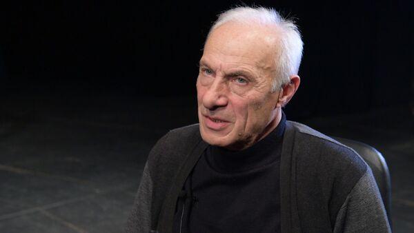 Проект Театр и жизнь продолжает Заслуженный артист Абхазии Сырбеи Сангулия - Sputnik Абхазия