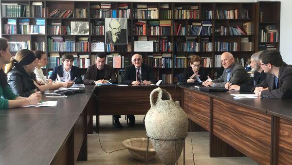 Конференция посвященная 75-летию Ю.Н. Воронова прошла в АГУ. - Sputnik Абхазия