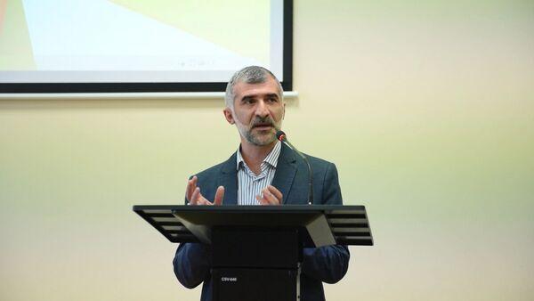 Лекция Ибрагима Чкадуа в АГУ_видео - Sputnik Абхазия