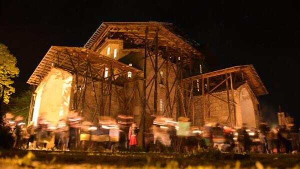 Пасхальная служба в храме Успения Божьей Матери в селе Лыхны. - Sputnik Абхазия