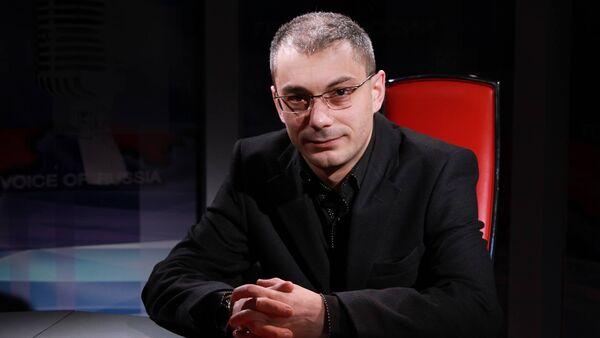 Писатель, публицист, член Центрального совета Российского военно-исторического общества Армен Гаспарян. - Sputnik Абхазия