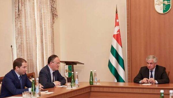 Заседание в администрации президента. - Sputnik Абхазия