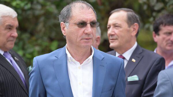Председатель политической партии Единая Абхазия Сергей Шамба - Sputnik Абхазия