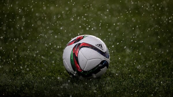 Футбол под дождем - Sputnik Абхазия