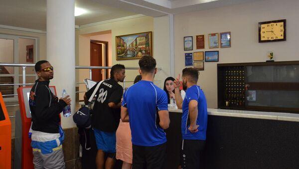 Гости чемпионата в гостинице - Sputnik Абхазия
