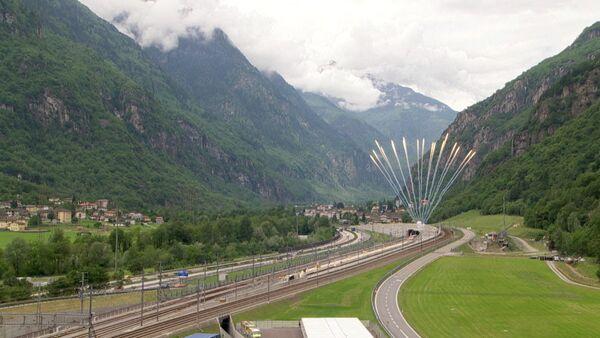 Церемония открытия самого длинного железнодорожного тоннеля в мире - Sputnik Абхазия