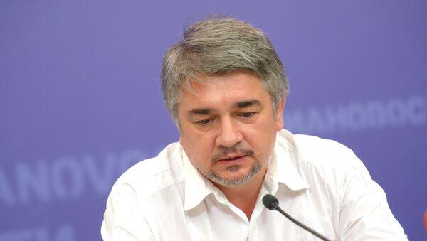 Политолог Ростислав Ищенко. Архивное фото - Sputnik Абхазия