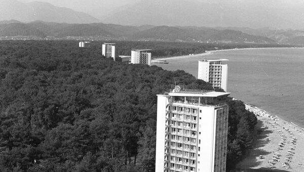 Курорт Пицунда в Абхазии - Sputnik Аҧсны