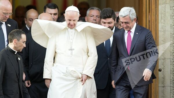 Папа Римский Франциск I в резиденции президента Армении - Sputnik Абхазия
